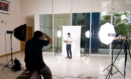 Singapore Photography Studio - Mobile to visit your office or home!